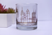 Load image into Gallery viewer, Philadelphia Skyline Rocks Glasses