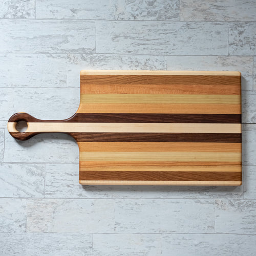 Medium Cutting Board with Handle
