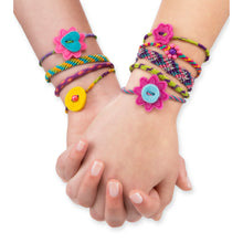 Load image into Gallery viewer, Friendship Bracelets On the Go Craft