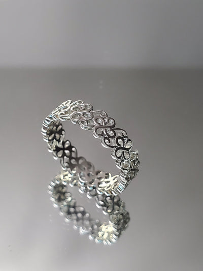Irish Clover Sterling Silver Wedding Ring Band