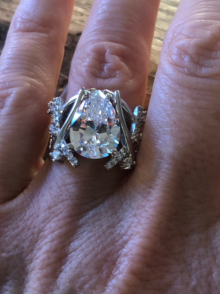 A Flawless 4CT Pear Cut Belgium Lab Diamond Engagement Ring - Joy of London Jewels