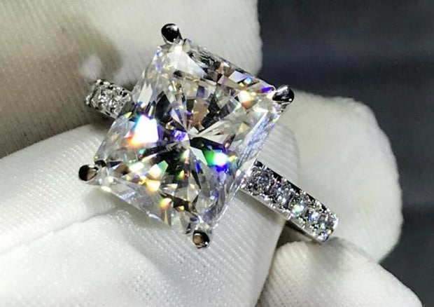 18K White Gold 4CT Radiant Cut Moissanite Diamond Solitaire Engagement Ring - Joy of London Jewels