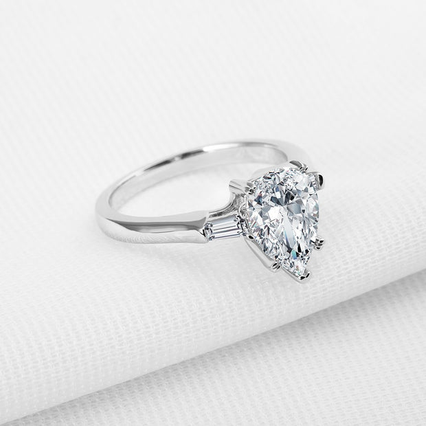 A Flawless 1.9CT Pear Cut Belgium Lab Diamond Engagement Ring
