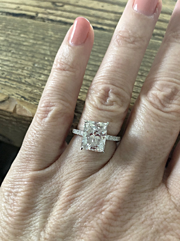 14K White Gold 4CT Radiant Cut Moissanite Diamond Solitaire Engagement Ring - Joy of London Jewels