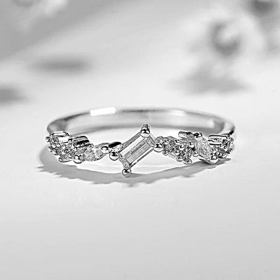 10K White Gold Moissanite Diamond Ring