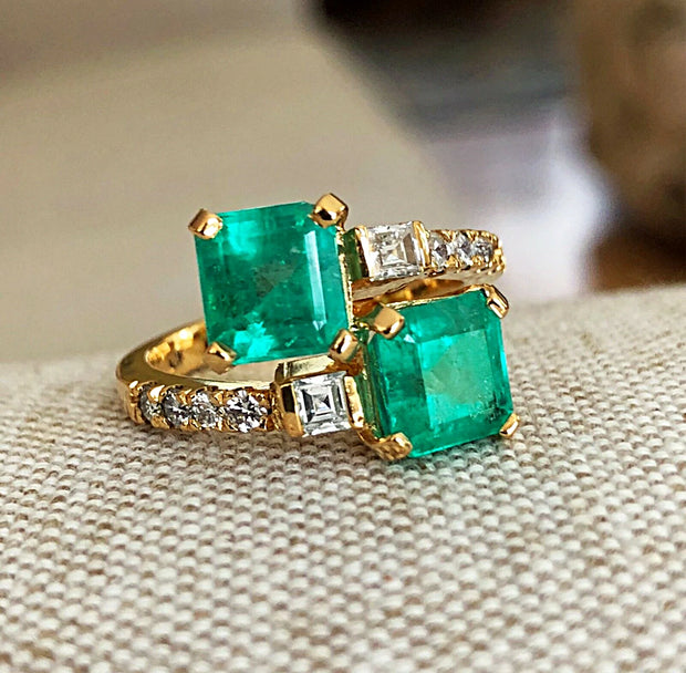 18K Yellow Gold Natural Colombian Green Emerald & Diamond Bypass Ring