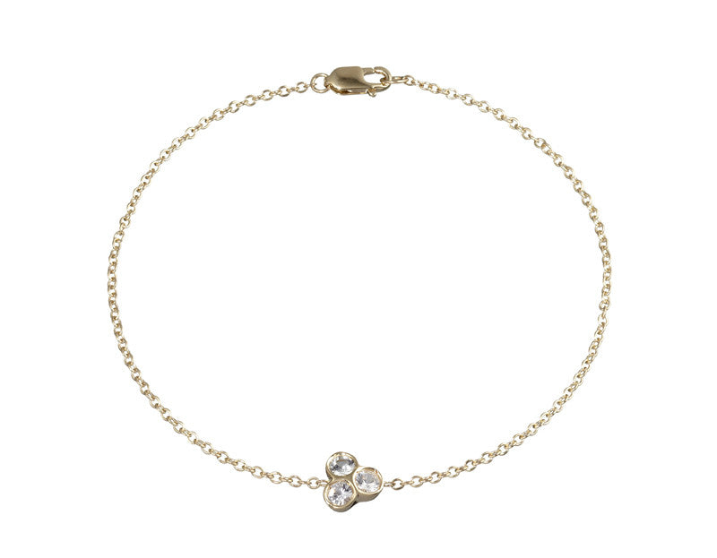 the portafortuna cluster bracelet in yellow gold