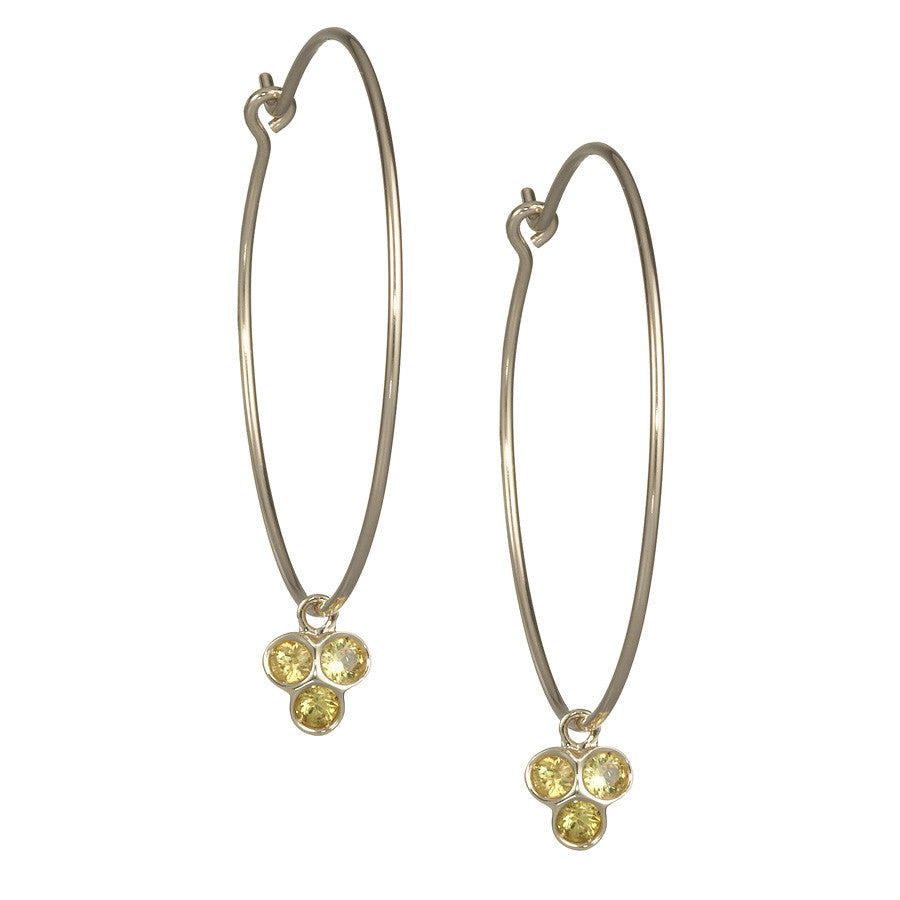 the portafortuna medium hoops in yellow gold