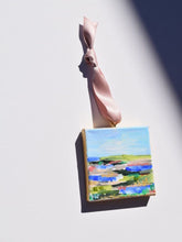 Load image into Gallery viewer, HAND PAINTED CHRISTMAS ORNAMENT