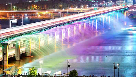 Moonlight Rainbow Fountain in the Heart of Seoul, South Korea