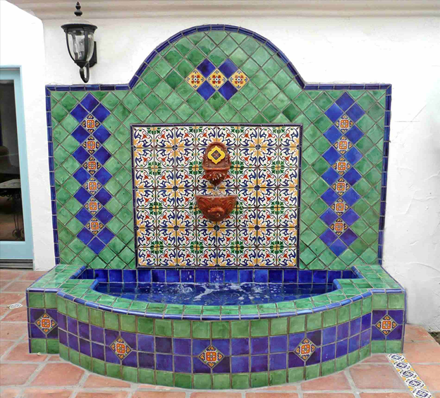 Moroccan-Mosaic-Tile-Fountain