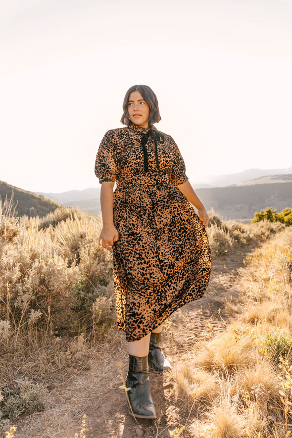 Anna Dress in Velvet Embossed Leopard