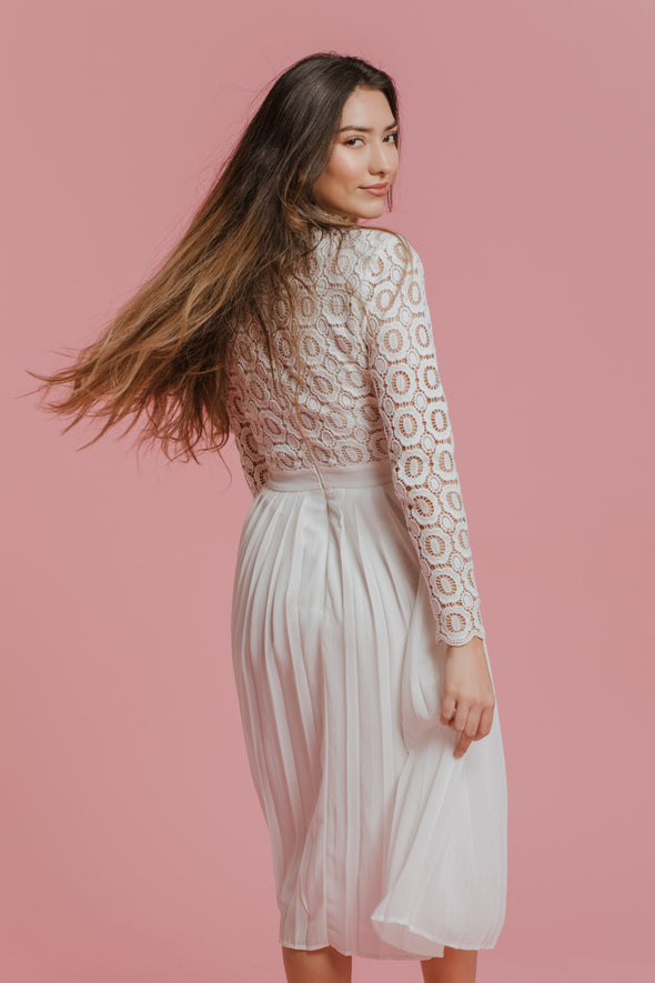 Arabella Lace Dress in Classic White