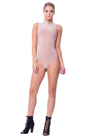 THE MYSTYLEMODE LIGHT MAUVE NETTED MOCK NECK SLEEVELESS BODYSUIT