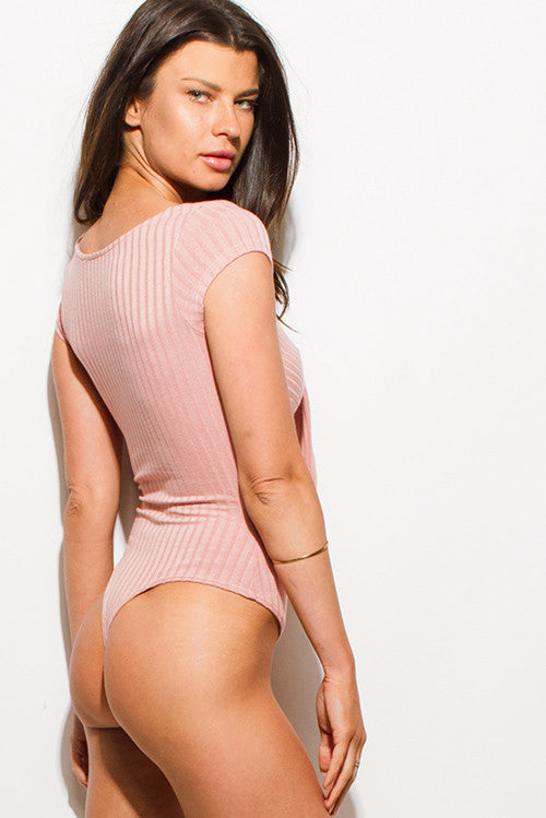 DUSTY PINK RIBBED KNIT CUT OUT CAP SLEEVE FRONT TIE BODYSUIT TOP
