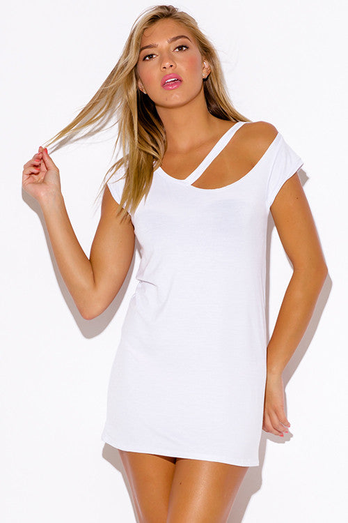 WHITE RIPPED CUT OUT NECKLINE BOYFRIEND TEE TUNIC
