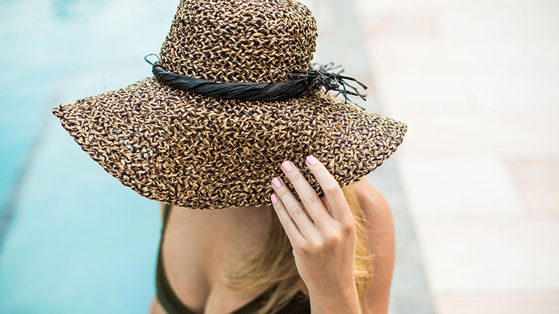 Why a lot of travel is good for your nails