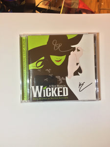 Wicked Original Broadway Cast Cd Signed By Idina Menzel And Kristin Chenoweth