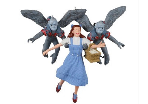 Wizard of Oz Hallmark 2020 Ornament - Dorothy Gets Carries Away