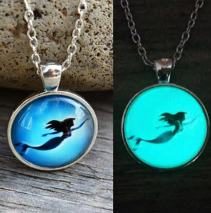 Little Mermaid Glowing Necklace