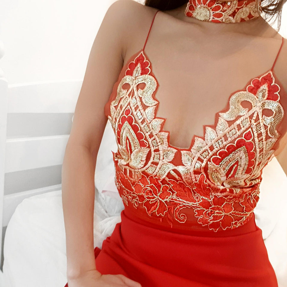 Choker - Rouge Gold LILIPEARL Handmade Sequin Necklace - LiLiPearl - LiLiPearlUK - Handmade luxury dragon satin chinese unique womens clothing lace mesh prom dress festival crop top sequin bodychain bralet lili pearl