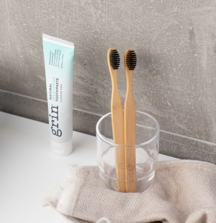 Grin Freshening Toothpaste & Bamboo Toothbrush Set - Grin Natural Products