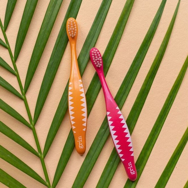 GRRR-IN! Kids Biodegradable Brush - Pink - Grin Natural Products