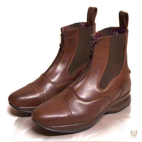 DonaDeo Yard Boots Brown