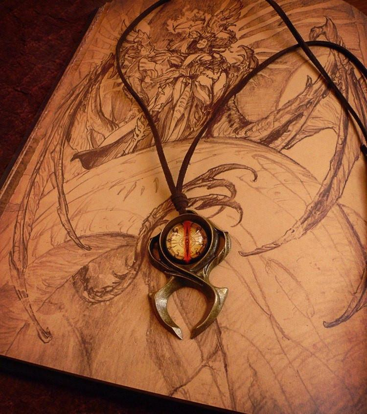 Diablo III Guardian Horadrim's Amulet - The Dragon Shop - Geek Culture