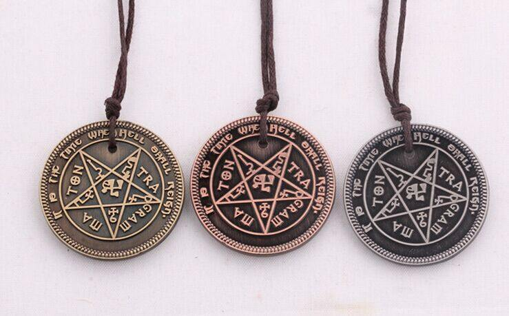 Diablo III While All Man Dies Necklace - Muse Raven - Dream Out Loud