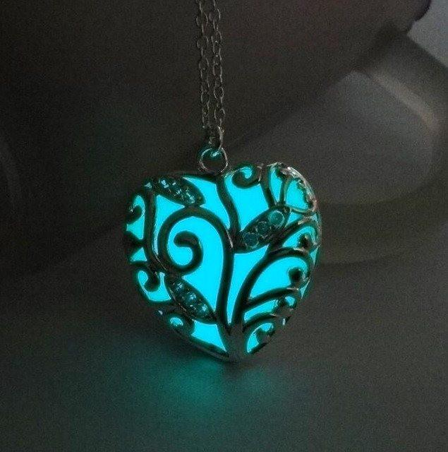 Luminous Heart Steel Necklace - The Dragon Shop - Geek Culture