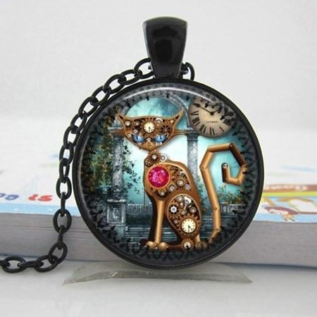 Cat's World Steel Necklace - The Dragon Shop - Geek Culture