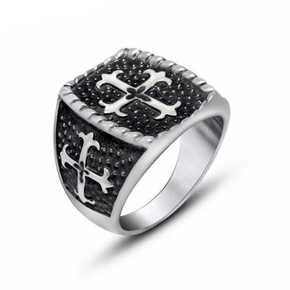 Dark Crusader Steel Ring - The Dragon Shop - Geek Culture