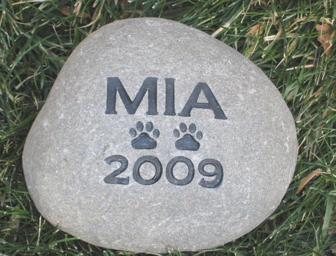 PERSONALIZED Pet Stone Memorial Stone Garden Grave Marker 6-7 Inch Burial Stone Memorial