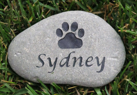 Memorial Stone Grave Marker w/Paw Print 5-6 Inch - MainlineEngraving.Com