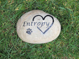 Personalized Pet Memorial Stone with Interlocking Heart w/ Paw Print Headstone Gravestone 7-8 inch Memorial Headstone Grave Marker Pet Stone