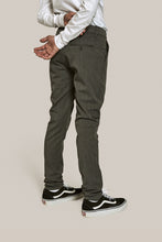 Load image into Gallery viewer, GRUNT Dude Pant Pants Light Grey