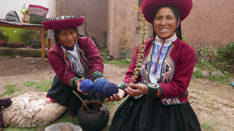Women textile co-op in Peru
