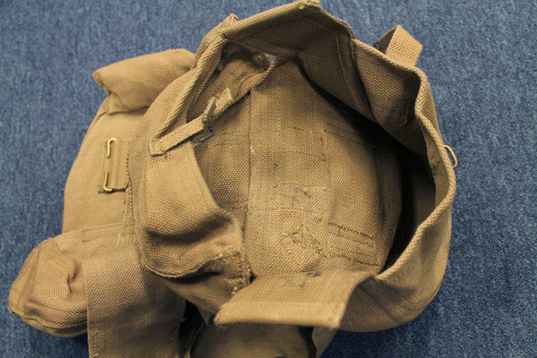 WWII PAIR OF LEWIS GUN POUCHES - INSIDE