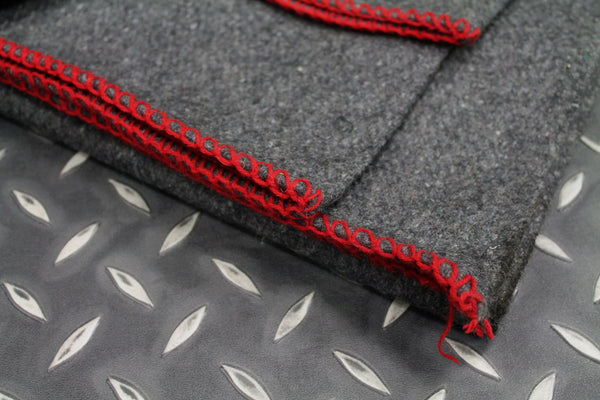 GREY ARMY BLANKET WITH RED EDGES