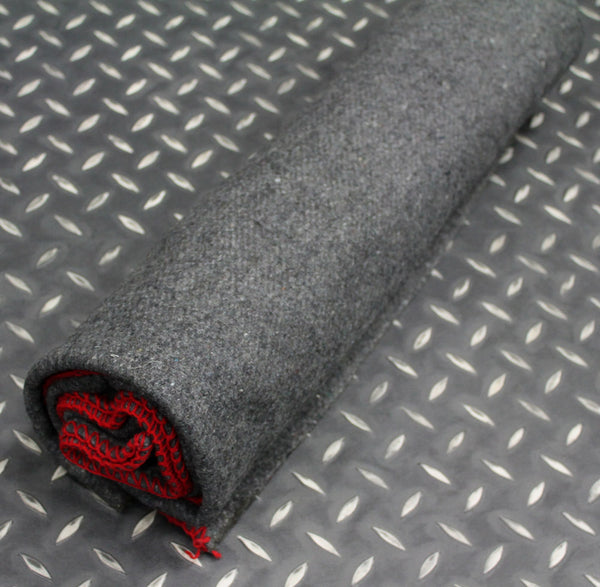 GREY ARMY BLANKET WITH RED EDGES - ROLLED UP