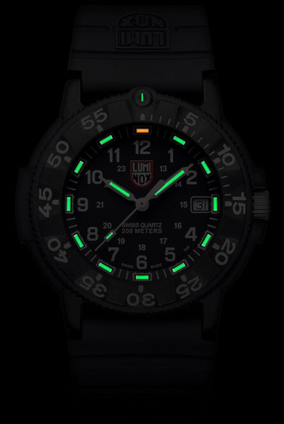 LUMINOX NAVY SEALS 3001 WATCH - GLOW