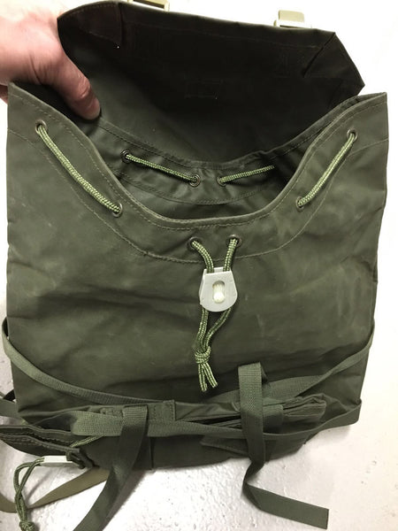 1972 PATTERN NYLON REAR PACK - Silvermans  - 5