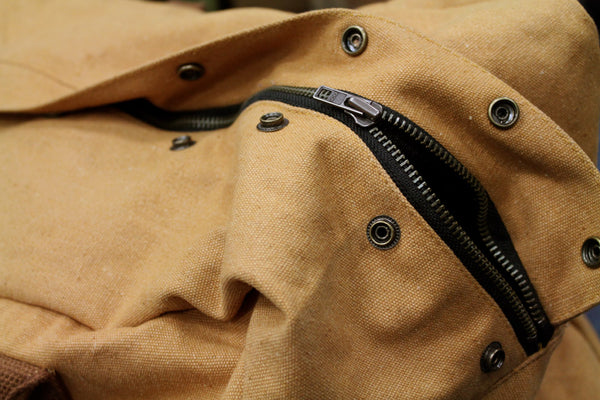 CANVAS AVIATOR FLIGHT BAG - DETAIL