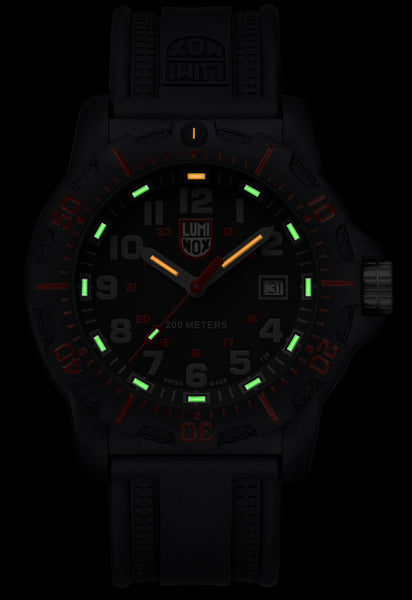 LUMINOX 8895 BLACK OPS WATCH - GLOW