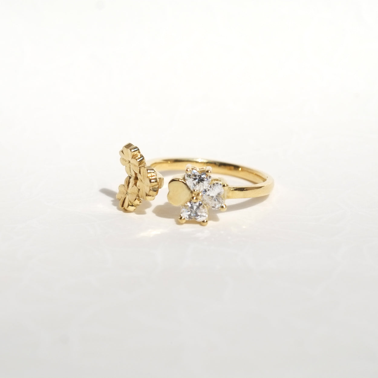 Clover Diamond Ring - Lucky in Love