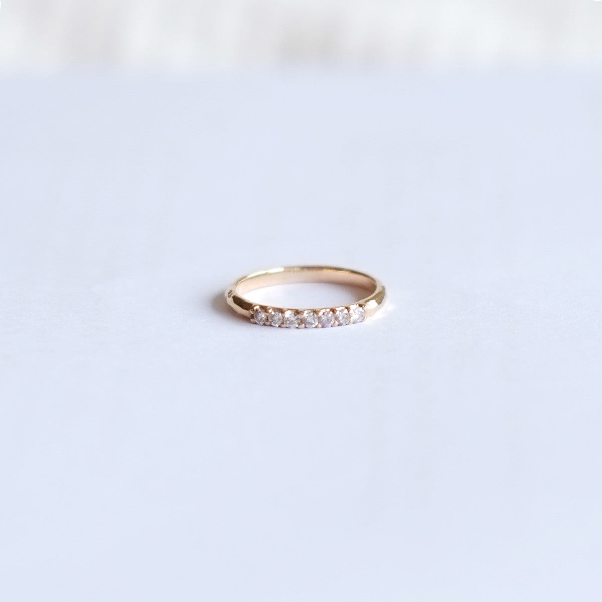 Perfect Grace Hammered Diamond Ring (14kt | 18kt Gold)