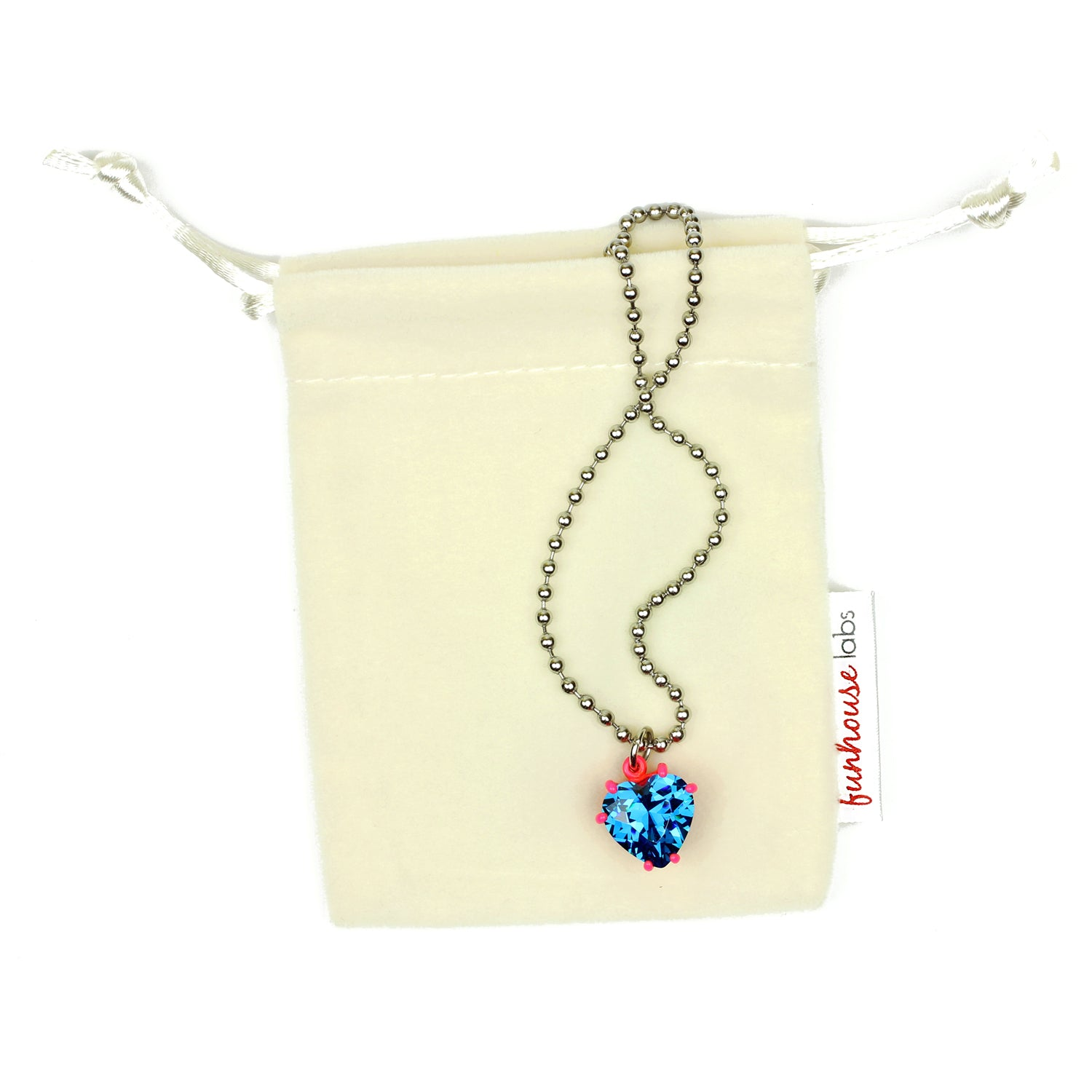 necklace in pearl products mikimoto gold akoya diamond white dangle and