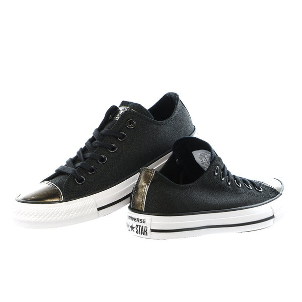 Converse Chuck Taylor All Star Brush-Off Leather Toecap Lo - Women's