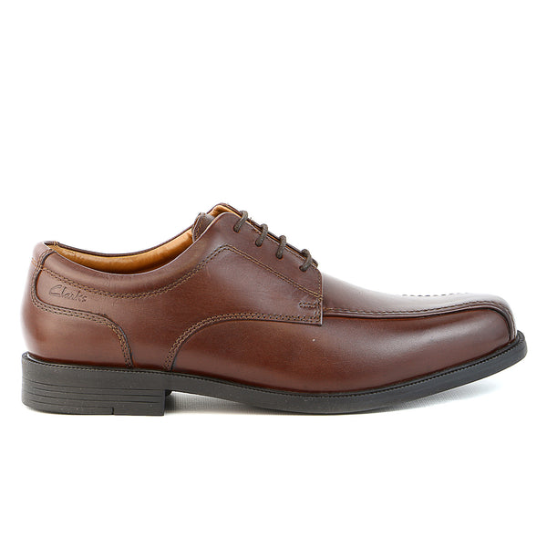 Clarks  Beeston Stride Oxford - Brown Leather - Mens